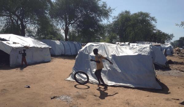 Setki tysięcy dzieci potrzebują pomocy Sudan Południowy