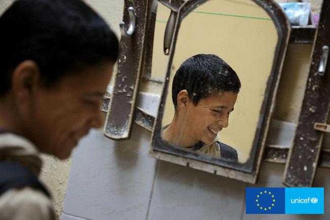 Adnan opuścił Syrię z rodziną po tym, jak został postrzelony w ramię przez snajpera
