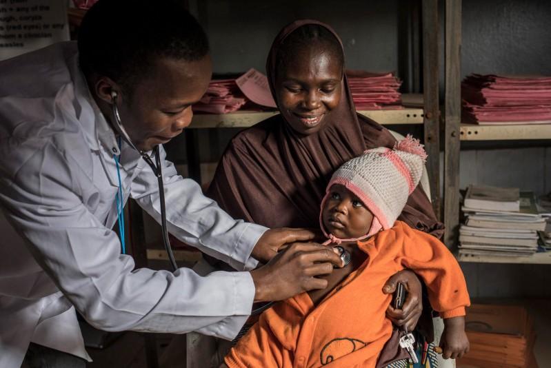 UNICEF_walka_z_zapaleniem_pluc