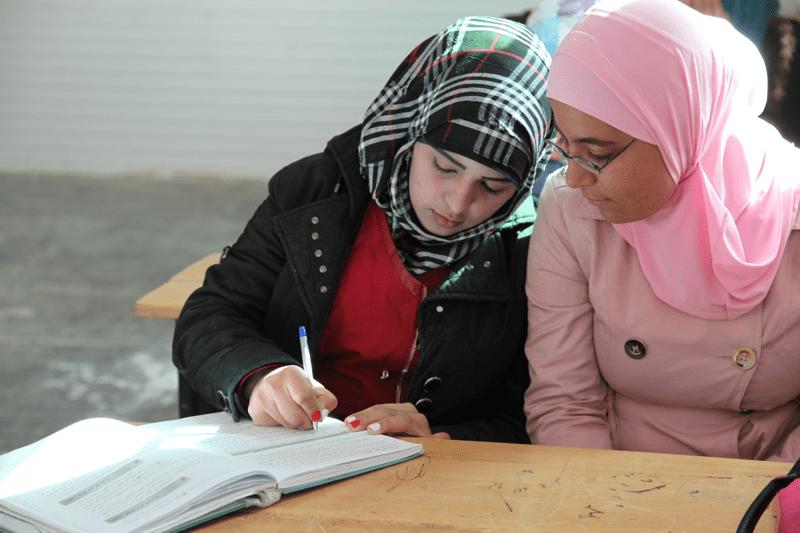 Ghada wraca do szkoły w obozie dla syryjskich uchodźców w Zaatari, Głos Dzieci