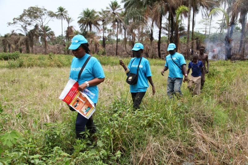 Liberia - Pracownicy UNICEF docierają nawet do najtrudniej dostępnych miejsc