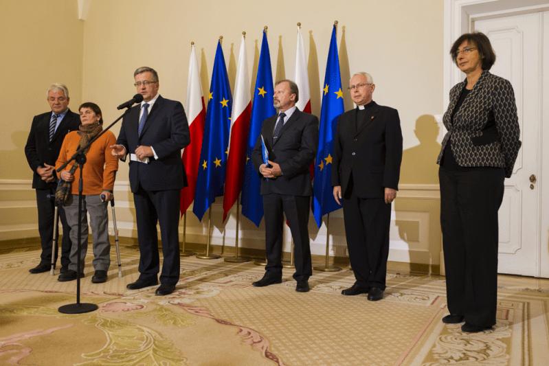 Apel Prezydenta RP Bronisława Komorowskiego o wsparcie dla ofiar Tajfunu Haiyan na Filipinach