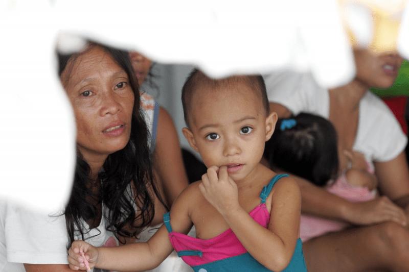 Tragedia na Filipinach. Ucierpiało 4 mln dzieci.