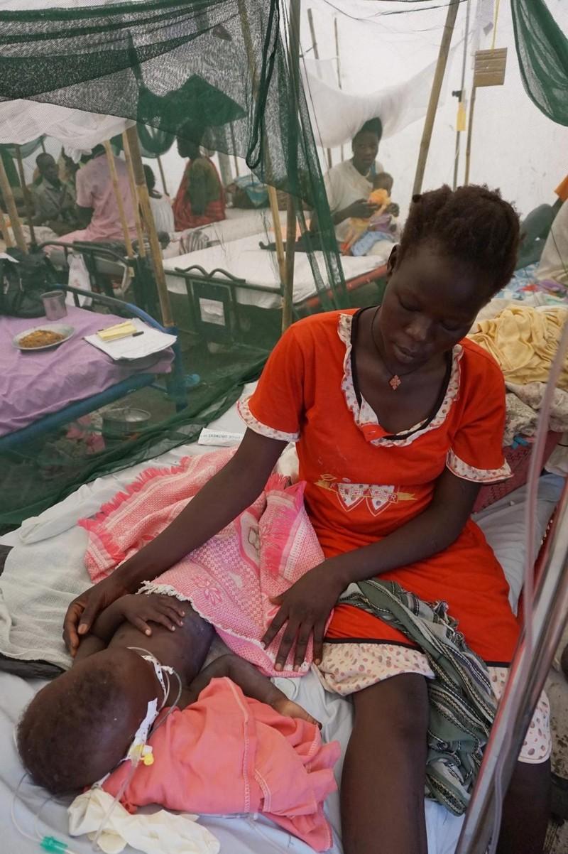 UNICEF Pomoc Dzieciom Walka o życie Jamesa trwa