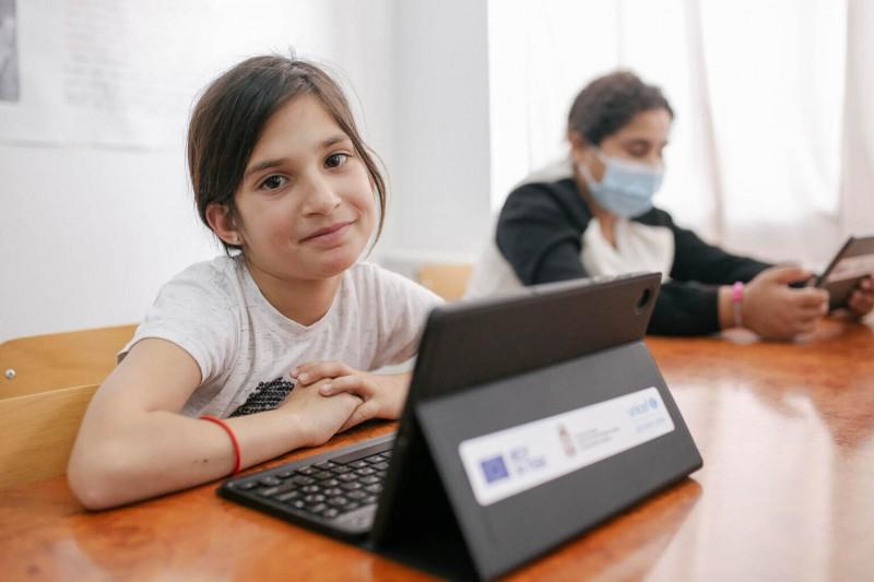 Dziewczęta w cyfrowym świecie