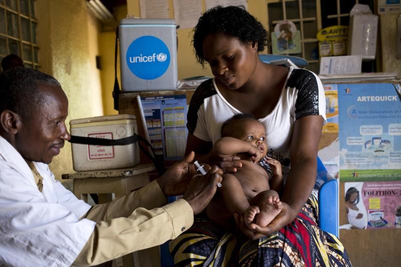 UNICEF Polska - szczepienia przeciwko odrze