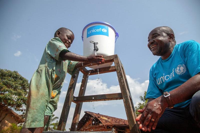 pomoc_humanitarna_UNICEF_2