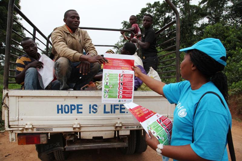Drogi zakażenia Ebolą