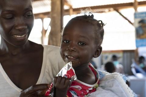 Przekazując swój 1% na UNICEF wspierasz leczenie niedożywienia dzieci i ich powrót do zdrowia.
