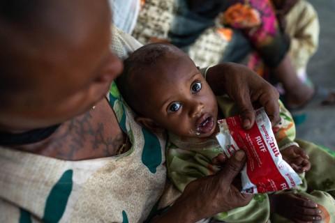 Raport ONZ: Przez pandemię dramatycznie wzrósł poziom głodu na świecie