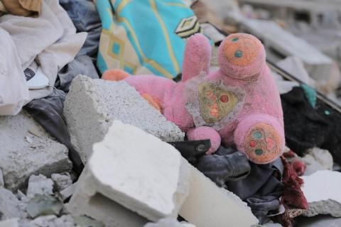 Naruszenia praw dzieci w konfliktach zbrojnych - raport ONZ