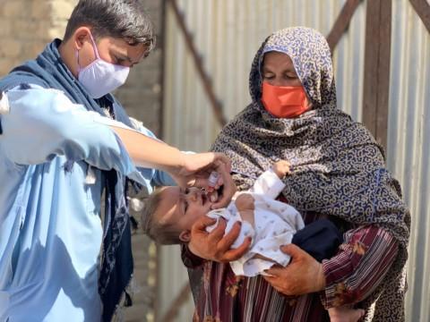 UNICEF Polska - Polio jest zagrożeniem dla każdego dziecka