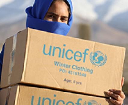 UNICEF niesie pomoc dla 40 tysięcy dzieci poszkodowanych na skutek burz śnieżnych w Libanie