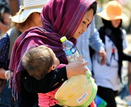Rośnie liczba kobiet i dzieci przekraczających granice Serbii oraz Byłej Jugosłowiańskiej Republiki Macedonii w poszukiwaniu schronienia w Europie