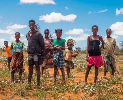 UNICEF: Przedłużające się konflikty, kryzys klimatyczny, zaburzenia zdrowia psychicznego i dezinformacja w Internecie są wśród największych zagroże...