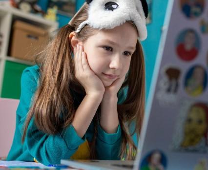 UNICEF Polska - Edukacja zdalna w czasie pandemii