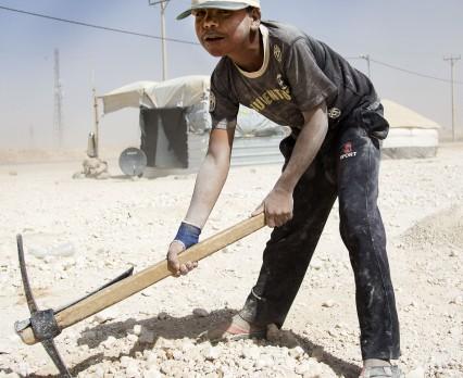 Coraz większy problem pracy dzieci – uchodźców z Syrii