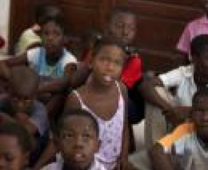 Sześć miesięcy po trzęsieniu ziemi sytuacja na Haiti nadal trudna