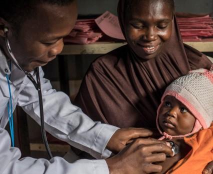 UNICEF: Jeśli świat nie będzie walczył z zapaleniem płuc, to w ciągu dekady umrze dziewięć milionów dzieci