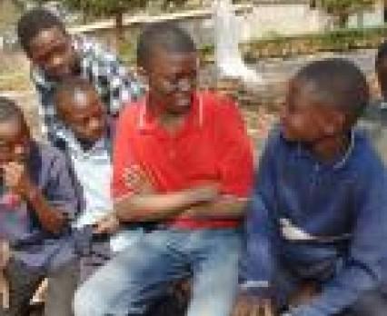 HIV, AIDS i narkomania - niespotykane dotąd zagrożenia dla zdrowia młodych ludzi.