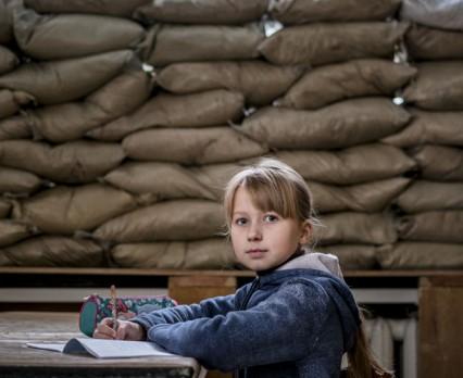 Szkoły na linii frontu we wschodniej Ukrainie