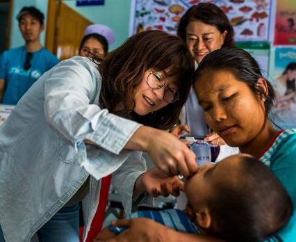 L'OCCITANE wspiera UNICEF w walce ze ślepotą dziecięcą