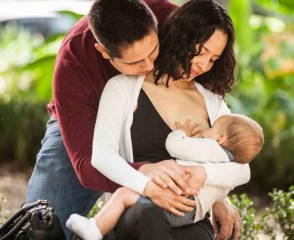77 milionów noworodków na świecie nie jest karmionych piersią w ciągu pierwszej godziny życia