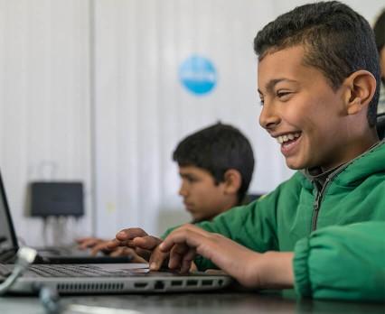 """Facebook, NASK i UNICEF Polska podsumowują ogólnopolski program edukacyjny """"Przystań w sieci"""""""