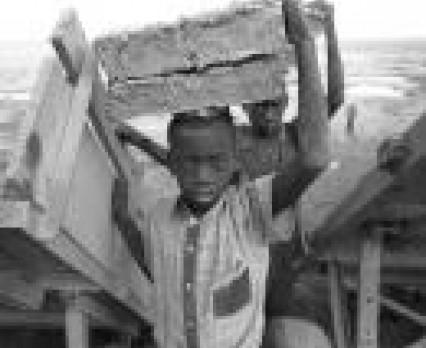UNICEF: Życie dzieci jest wyjątkowo trudne, gdy nie dorastają w bezpiecznym środowisku