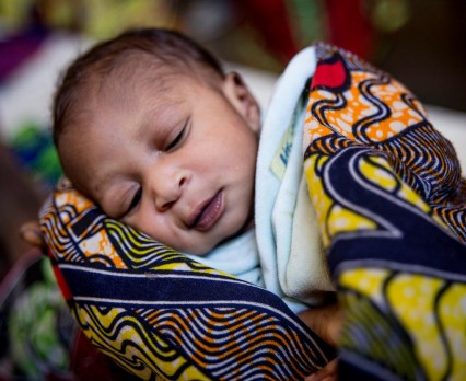 Dziesiątki tysięcy dzieci uciekają przed przemocą w Burundi