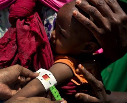 Kryzys nadal trwa: niedożywienie, brak wody i choroby zagrażają życiu milionów dzieci w północno-wschodniej Nigerii, Somalii, Sudanie Południowym i...