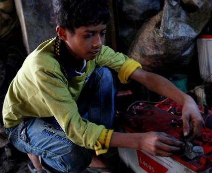Co trzecie dziecko na świecie jest zatrute ołowiem