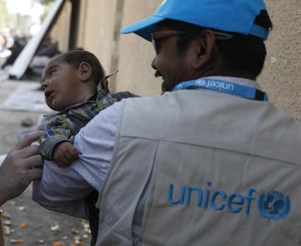 Dostęp do potrzebujących dzieci w Syrii jest nadal dramatycznie ograniczony