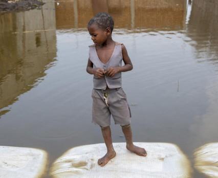 UNICEF Poland | Miliard dzieci narażonych na bardzo poważne skutki kryzysu klimatycznego
