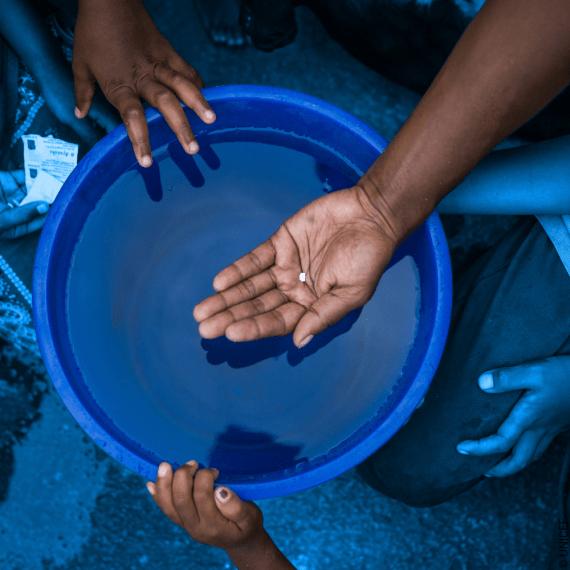 Tabletki uzdatniające wodę